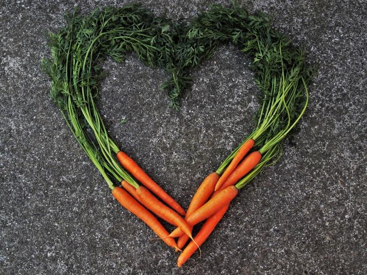carrot-3508072_1280.jpg