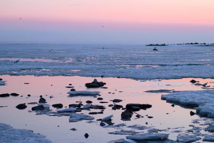 beach-blue-dawn-2111930.jpg