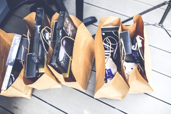 shop-791582_1920.jpg